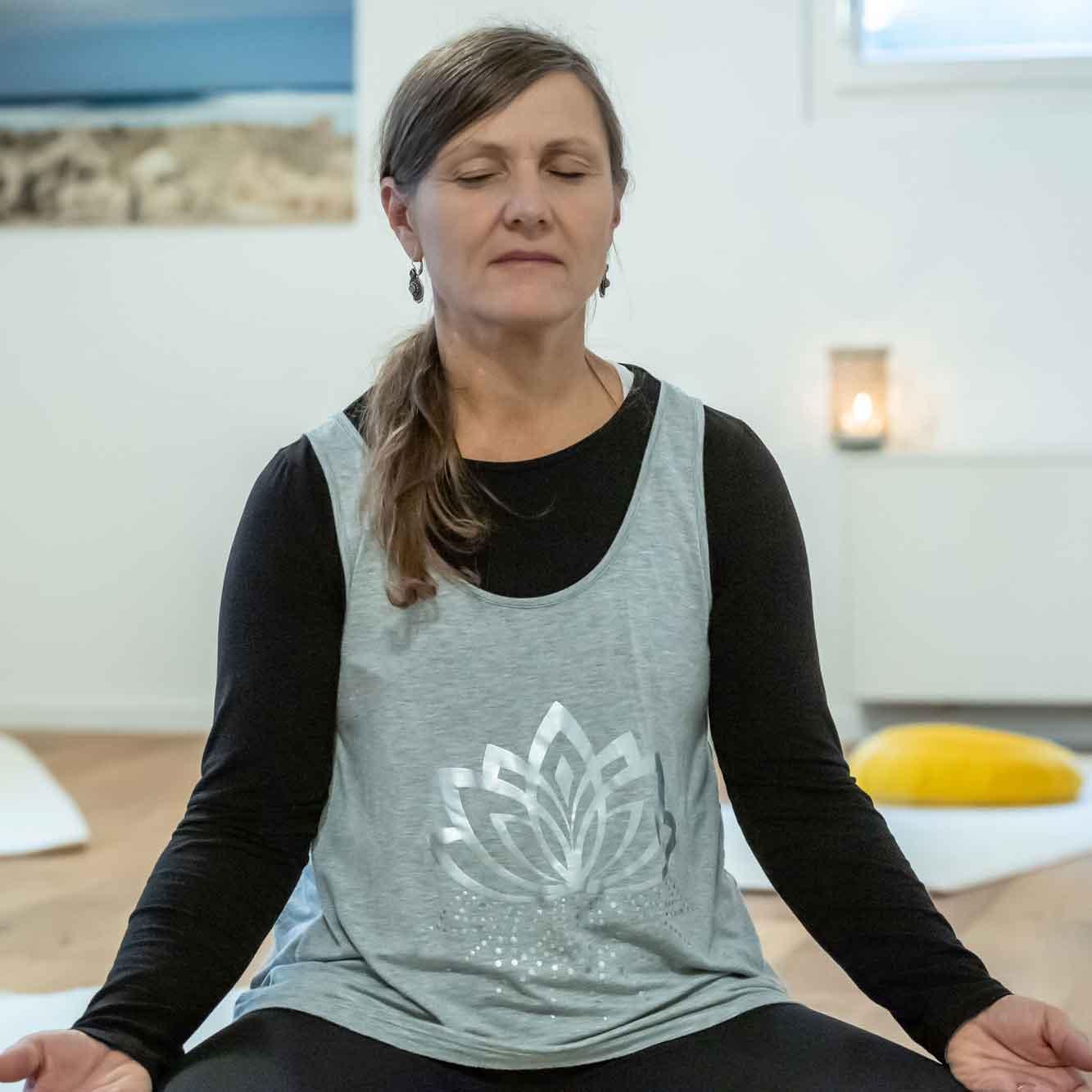 Yoga Gruppenunterricht Muri Karin Amrein